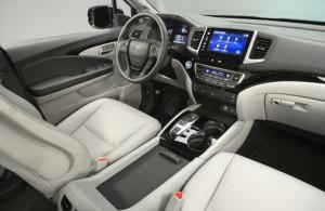 фото салона новой Хонда Пилот   04