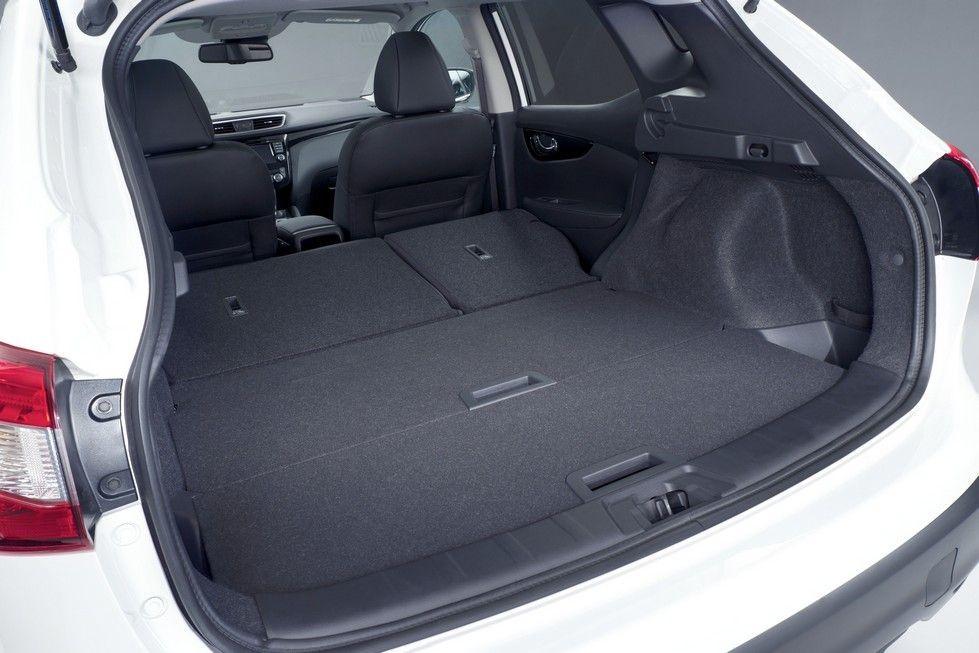 Вместительность багажника 430 литров без разложенных сидений.