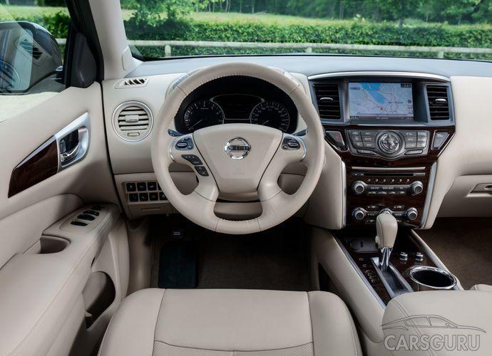 Салон Nissan Pathfinder 2015