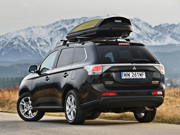 Установка дополнительного багажника на крышу тоже считается тюнингом.