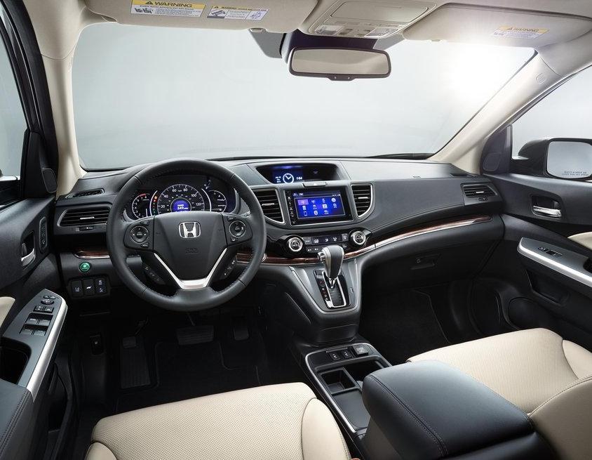 Салон автомобиля CR-V