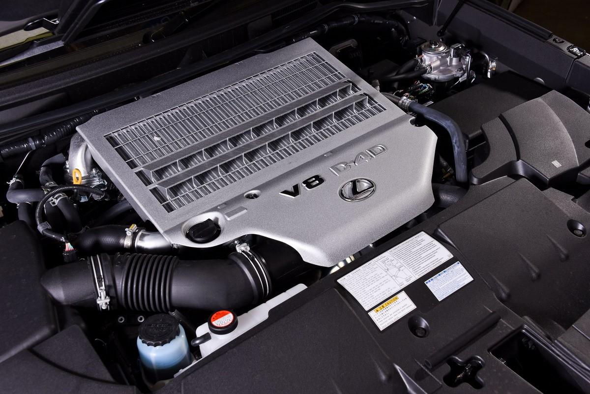 Рисунок 5. Дизельный двигатель внедорожника