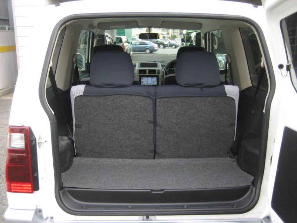 Небольшой объем багажного отделения – один из главных недостатков автомобиля