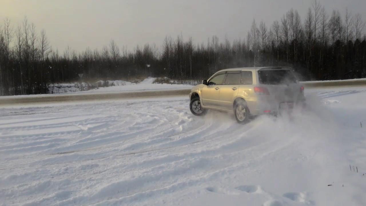 Рис. 6. Проезд автомобиля по снегу.