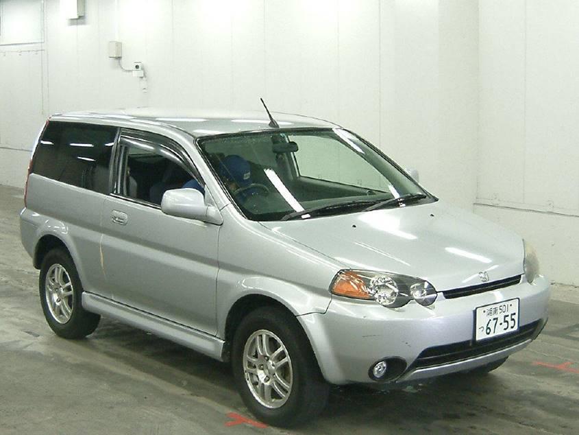 Внешний вид автомобиля (модель первого поколения)