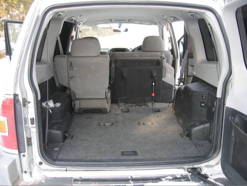 Рис. 4. Багажник третьего поколения авто.