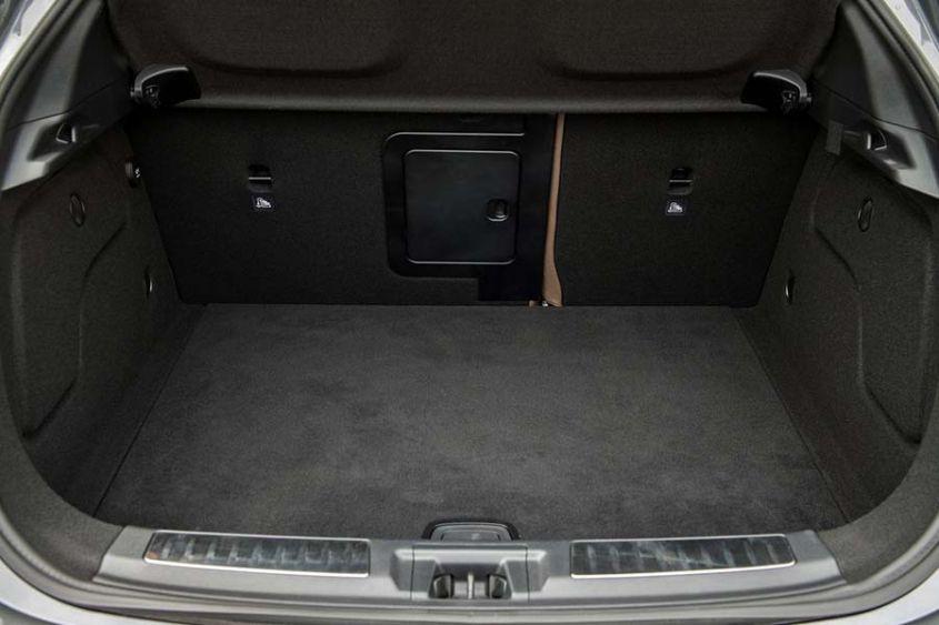 Рис. 4. Багажник QX30.